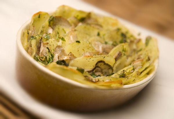 Krompir z gobami iz pečice