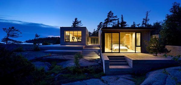Pasivna hiša, zgrajena iz okoliških materialov