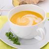 Korenčkova juha z ingverjem in kokosovim mlekom